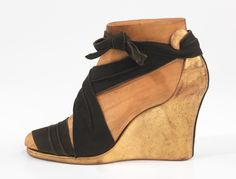 Shoes, 1939, by the French designer Steven Arpad (1904-1999)