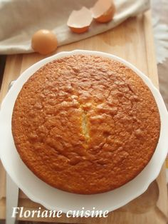 Gâteau au yaourt Cornbread, Dairy, Cheese, Ethnic Recipes, Food, Morning Breakfast, Eat, Kitchens, Millet Bread