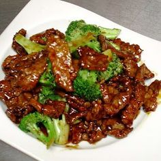 Crock Pot Beef and Broccoli- made this on 12/20/2013 and it was awesomeeeeeeeee! Only thing is next time I will make sure to thicken my sauce more. YUM!
