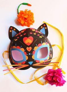 DIY Día de los Muertos Cat flowers Mask by happythought #DIY #freeprintable #cat