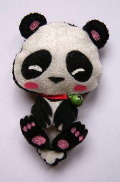 Sara Lago Complementos - Osito Panda _ Broche hecho con fieltro.