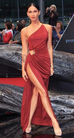 Megan Fox - One of the most amazing dresses i've ever seen!