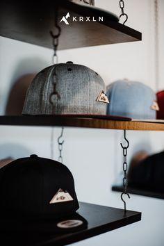 Die unverkennbaren KRXLN-Caps mit den einzigartigen Holzbergen - Entdecke die Vielfalt der hippen Kopfbedeckungen. Jetzt im Store! Riding Helmets, Cap, Collection, Head Coverings, Timber Wood, Baseball Hat