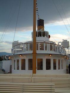 S/S Montreux - ABVL | Association des amis des bateaux à vapeur du Léman Montreux, Cn Tower, Berlin, Building, Steam Boats, Amigos, Switzerland, Buildings, Construction