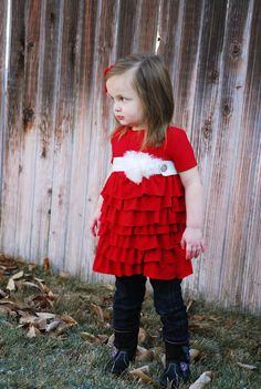 Other pinner wrote: i really need to learn how to sew (or find someone to do it for me)  Adorable ruffled knit top - could make into a dress too!