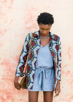 Sezane x CSAO - Gorée mon amour Veste Rose Sezane x CSAO & Combishort Livy… - sophia. African Print Fashion, Africa Fashion, Ethnic Fashion, African Fabric, African Dress, Blusas T Shirts, Mode Lookbook, Moda Outfits, Mode Shop
