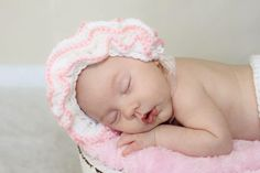 Crochet Pattern for Ruffled Baby Bonnet Hat - 4 sizes, baby to toddler - Welcome to sell finished items. $4.95, via Etsy.