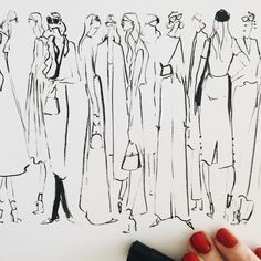 Morning warm ups consisting of slouchy yet tailored silhouettes, big glasses, and teeny tiny micro bags.