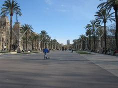 Visit my bestfriend in Barcelona #England #tripoto #travel #City #travels