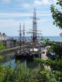 Tall ships in Charlestown Harbour in Cornwall. if you're ever in Cornwall it's well worth a visit, full of history. Charlestown Cornwall, St Just, Holidays In Cornwall, Devon And Cornwall, North Cornwall, Into The West, Camping Places, Filming Locations, Poldark Locations