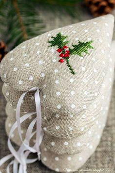 Милые сердцу штучки: Новогодняя вышивка: Копилка симпатичных идей