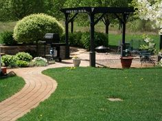 raised patios - contemporary - patio - detroit - Apex Landscape and Brick Services LLC