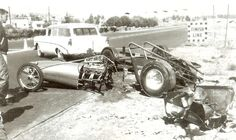 History - Drag cars in motion. Old Vintage Cars, Vintage Race Car, Nhra Drag Racing, Drag Bike, Old Race Cars, Drag Cars, Car Crash, Car Humor, Race Day