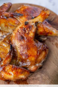 Marinated in a flavoursome marinade that includes oyster sauce, Chinese 5 Spice, lemongrass, honey and soy sauce. Try and emulate this popular Vietnamese dish! Chicken Menu, Roast Chicken Recipes, Roasted Chicken, Baked Chicken, Soy Sauce Chicken, Stuffed Chicken, Chicken Bacon, Rotisserie Chicken, Vietnamese Cuisine