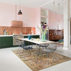 An open kitchen that does not lack character! An open kitchen that does not lack character! Kitchen Interior, Kitchen Inspirations, Home, Kitchen Decor, New Kitchen, House Interior, Kitchen Dining, Home Kitchens, Open Kitchen