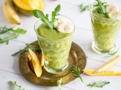 Wachmacher-Smoothie mit Mango und grünem Tee | repinned by @hosenschnecke♡