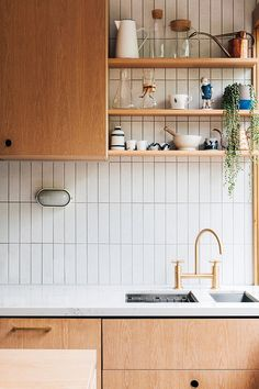 southern home decor Laura Street by Hearth Studio Characteristic of the project Brunswick VIC Australia Home Decor Kitchen, New Kitchen, Home Kitchens, White Tile Kitchen, 1950s Kitchen, Kitchen Wall Tiles, White Tiles, Kitchen Shelves, Kitchen Backsplash