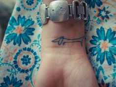 This is awesome.  Dachsund wrist tattoo..... this is soooo perfect for you! @Nicole Yancey