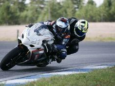 Superbike-kyyditys Alastarolla Motorcycle, Vehicles, Motorcycles, Car, Motorbikes, Choppers, Vehicle, Tools