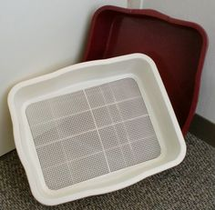 litter box specifically for rabbits... urine goes thru the top and soaks bedding in the bottom pan, poops are easily collected in the top.
