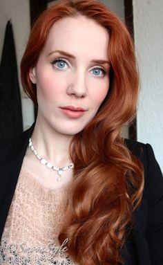 redhead Jodi forum model