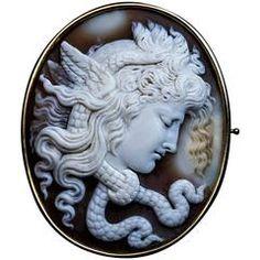Antique Italian Carved Shell Cameo Medusa Gorgon Brooch