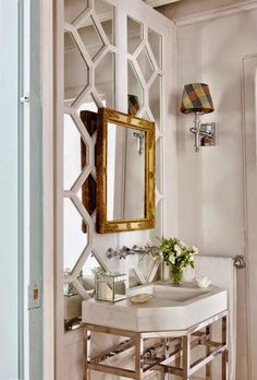 Beautiful bathroom with decorative trim