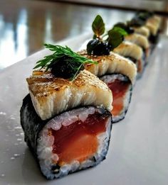 Photo by - December 15 2018 at - Foods and Inspiration - Yummy Sweet Meals - Comfort Foods Recipe Ideas - And Kitchen Motivation - Delicious Cakes - Food Addiction Pictures - Decadent Lifestyle Choices Japenese Food, My Favorite Food, Favorite Recipes, Sushi Roll Recipes, Japanese Food Sushi, Sushi Menu, Foodblogger, Aesthetic Food, Food Cravings