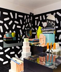 Modern Memphis Loud patterns, geometric shapes and clashing colors brought a postmodern feel to this year's London Design Festival. A Fes...