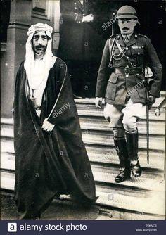 nov-17-1927-king-feisal-iraq-leaving-london-hotel-to-visit-king-george-E0KNC6.jpg (981×1390)