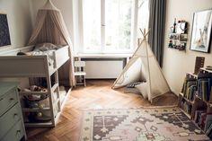 12 Special Bonus Room Ideas for Your Home Kids Room Bed, Boy Room, Bonus Room Decorating, Kura Ikea, Bonus Room Design, Toddler Floor Bed, Cool Kids Bedrooms, Parents Room, Room Planning