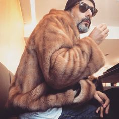 """Mi piace"": 218, commenti: 7 - Stylist|F.Adviser|Buyer|TV (@pedro.crispim) su Instagram: ""😎📸"""