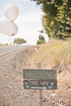 Wedding sign : sodazzling.com