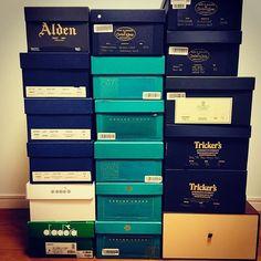 2018/02/27 22:12:25 akihiko.okihika 処分もしましたが、靴は好きだからまた増えます😊 次はグリーンのチェルシー/黒 を購入予定です!アーセナルファンだからチェルシーは買わない、という意味不明なルールを課していましたが、ホント意味ないのでやめようと思います🙏  #trickers #トリッカーズ #トムラスト #crockettandjones #クロケットアンドジョーンズ #edwardgreen #エドワードグリーン #alden #オールデン #jalansriwijaya #ジャランスリワヤ #diadora #ディアドラ #靴 #007 #ロベルトバッジョ #リスペクト #ラスト #愛 #アーセナル #arsenal  #英国 #ブーツ #louisvuitton #ルイヴィトン