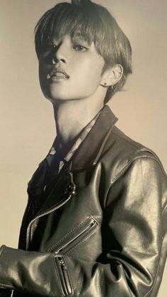 Kim Sun, My Face When, Hold My Hand, Close My Eyes, Wattpad, Kpop Boy, His Eyes, Boyfriend Material, K Idols