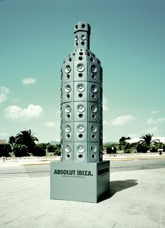 Absolut IBIZA : Giant installation of the Absolut Vodka iconic bottle built with loudspeakers – playing electro music – at the arrivals of the Ibiza airport october 2006 DJ's session  Agency : TBWAParis Client : Absolut Vodka Executive Creative director : Erik vervroegen  Creative Director : Chris Garbutt – Matthew Branning Art Director : Eve Roussou
