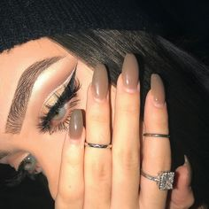 pretty bad girls makeup on fleek Glam Makeup, Makeup Inspo, Makeup Inspiration, Hair Makeup, Makeup Style, Girls Makeup, Pretty Makeup Looks, Pretty Eyes, Makeup Goals