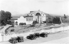 "https://flic.kr/p/zpRNMk | Mission San Juan Capistrano, 1920 | There are no known copyright restrictions on this image. All future uses of this photo should include the courtesy line, ""Photo courtesy Orange County Archives.""  Comments are welcome after reading our Comment Policy.  From the Tom Pulley Postcard Collection."