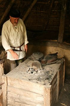 Viking forge | Flickr - Photo Sharing! Viking Garb, Viking Men, Viking Ship, Forging Tools, Blacksmithing Knives, Viking Village, Medieval Crafts, Blacksmith Forge, Medieval Life