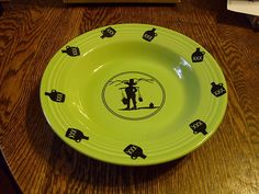 set of 4 Fiesta Ware MOONSHINE Flat Soup Bowls - Chartreuse