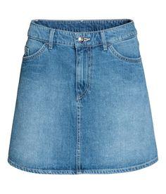 Kolla in det här! En kort, a-linjeskuren kjol. - Besök hm.com för ännu fler favoriter.