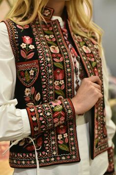Embroidered vest hand made vest hand embroidery black short vest bohemian vest ethnic women vest warm short vestEmbroidered vest Bla - February 10 2019 atOur women's vests and find out elegant quilted gilets of highest quality, made to keep someone t Wool Embroidery, Embroidery Fashion, Embroidery Dress, Afghan Clothes, Afghan Dresses, Kurta Designs, Blouse Designs, Blouse En Lin, Black Waistcoat