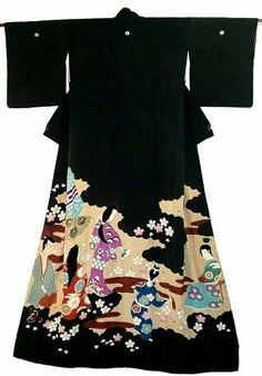 This is a magnificent Geisya's susohiki kimono from mid Showa period(Showa:1926-1989) or earlier.  What an APPEALING design it has! Young samurai and kimono ladies are dyed with cherry blossoms - it is a scene of 'Ohanami'(cherry-blossom viewing) in olden time. Please enjoy its wonderful yuzen details with more photos.  Susohiki literally means 'trail the skirt' and it was worn to do the elegant dance with a folding fan in the Japanese style drawing room. It has very long length and…