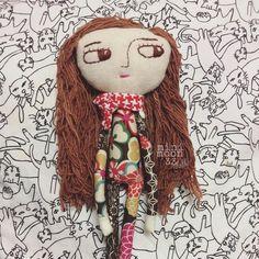 #handmadedolls #handmadedolls #dolls #artdoll #fabricdoll #dollmaker #minimoon33 #minimoon33dolls #sadclown20 #sadclown20doll #clothdollartist #clothdolls