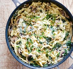Recipe for Mushroom and Spinach Pappardelle Pasta with White Wine Cream Sauce. Dinner is served!   www.cookingandbeer.com