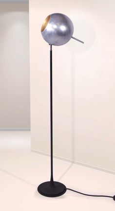 Gino Sarfatti; #1082 Floor Lamp for Arteluce, 1962.