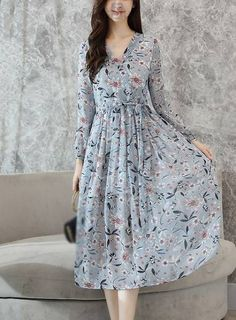 Elegant V-Neck Long Sleeve Print Skater Dress - moda Dresses Elegant, Trendy Dresses, Simple Dresses, Women's Fashion Dresses, Cute Dresses, Beautiful Dresses, Dress Outfits, Casual Dresses, Skater Dresses