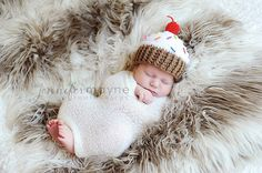 Hey, I found this really awesome Etsy listing at http://www.etsy.com/listing/128508937/newborn-baby-cupcake-hat-crochet-photo