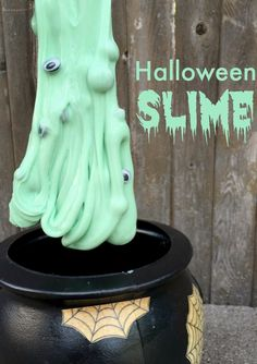Make this halloween goo with the family! It takes just 4 household ingredients, and makes for hours of Halloween DIY craft fun!
