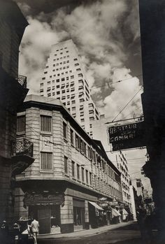 """Exhibition: 'From Bauhaus to Buenos Aires: Grete Stern and Horacio Coppola' at the Museum of Modern Art (MoMA), New York. """"It is the underrated photographs of Horacio Coppola that are the gems in this posting."""" http://artblart.com/2015/10/01/exhibition-from-bauhaus-to-buenos-aires-grete-stern-and-horacio-coppola-at-moma-new-york/ Photo: Horacio Coppola (Argentine, 1906-2012) 'Calle Corrientes at the Corner of Reconquista' 1936"""
